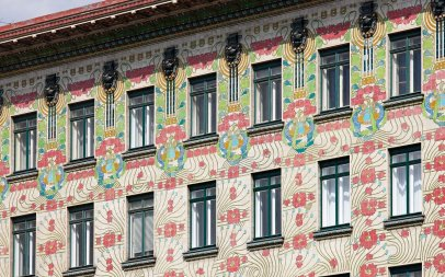 Climbing vines and flower pattern surrounding windows on art nouveau Majolica Building, Otto Wagner, 1898-99, Vienna, Austria