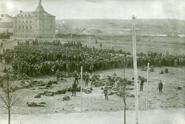 Hennala_Prison_Camp_1918